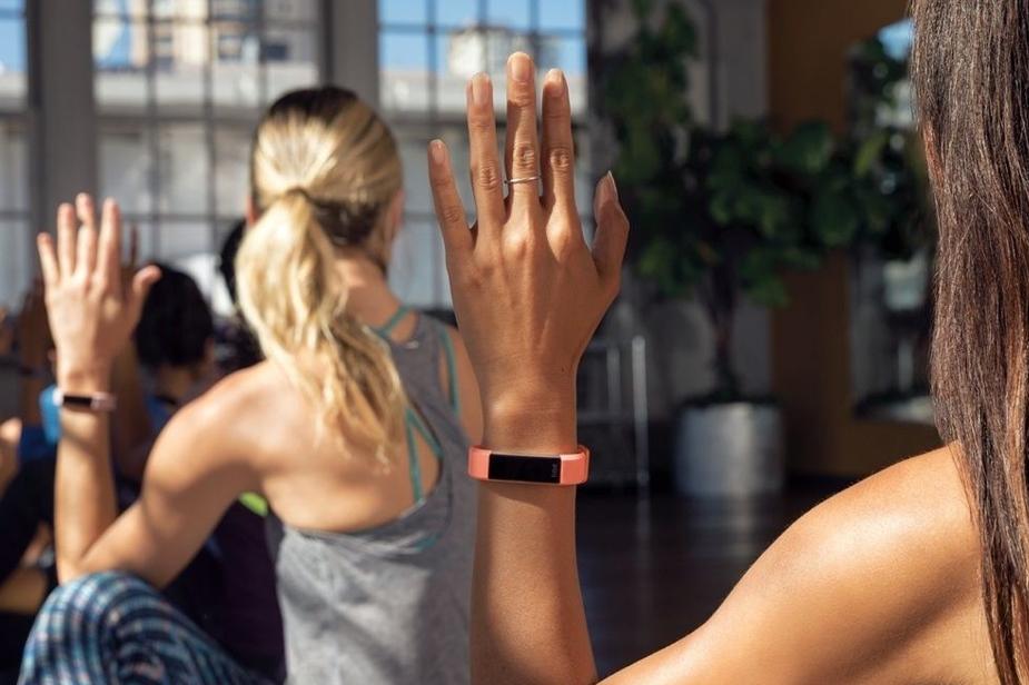 Z merlniki aktivnosti Fitbit do zdravega življenjskega sloga