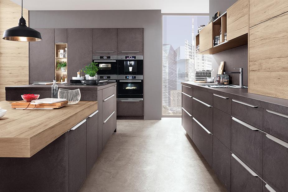 Kuhinja dKuchen v sivi barvi