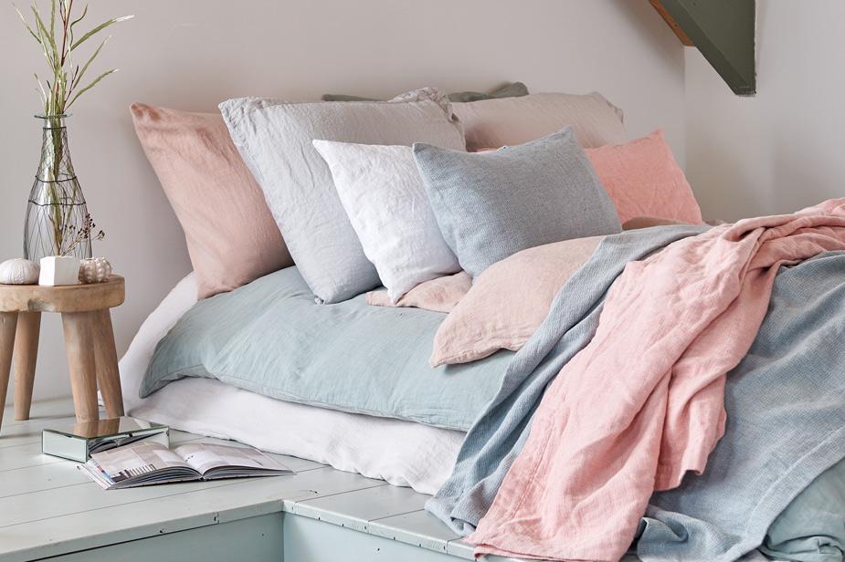 Poseljnina pasteli v spalnici