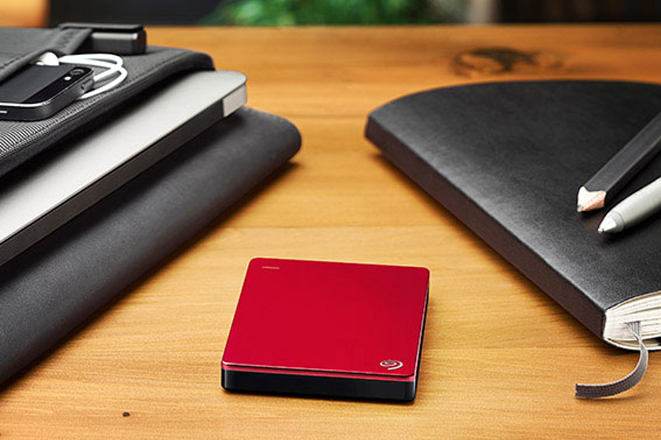 Zunanji trdi disk Seagate Backup Plus Slim 1TB