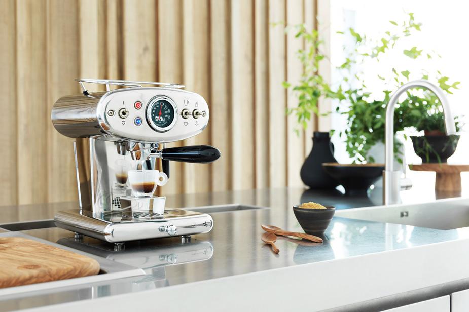 Kavni aparat X1 Illy Espresso