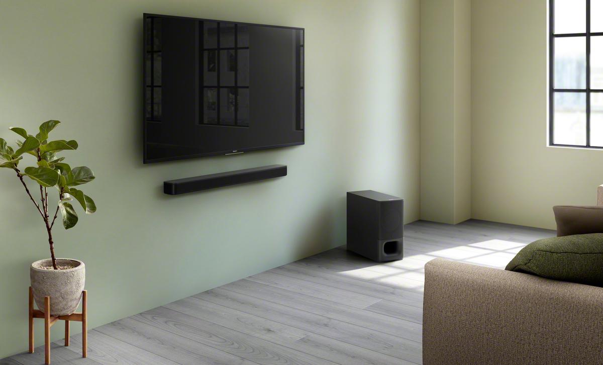 Soundbar zvočnik na steni