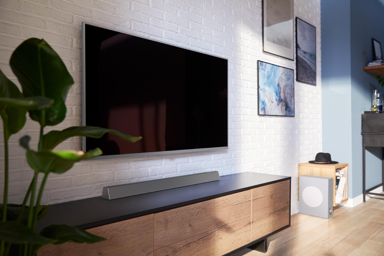 Soundbar zvočnik pod televizorjem